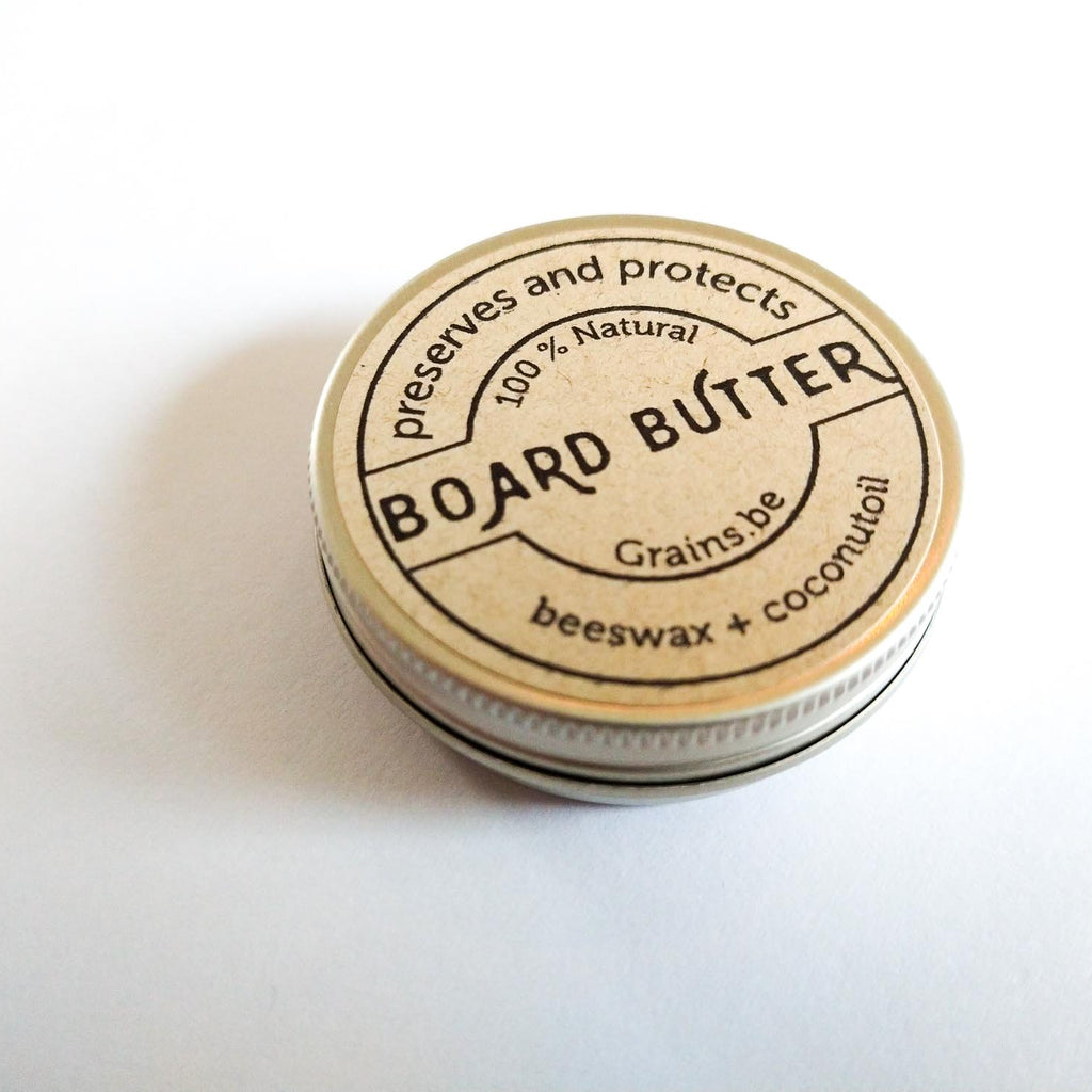 100% natural Boardbutter made with beeswax and coconutoil. 20ml screw cap