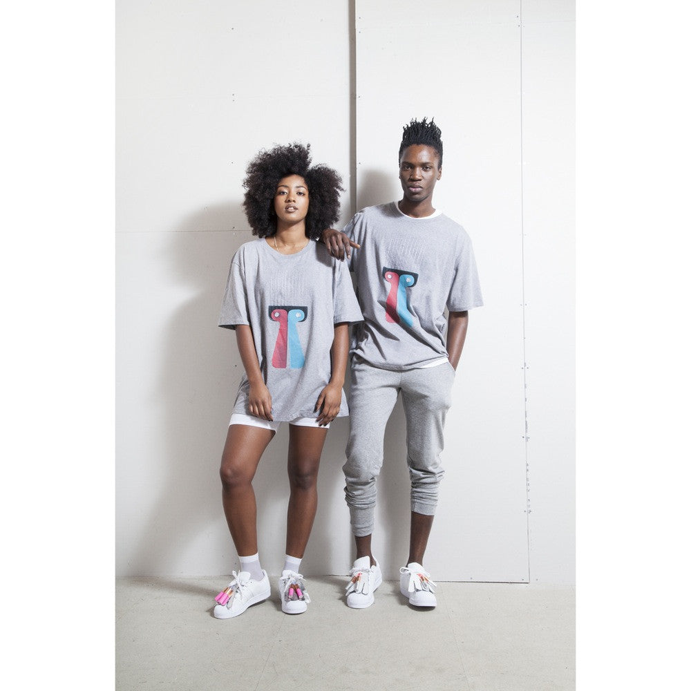 Unisex grey t-shirt with screenprinted afro comb