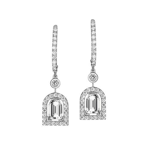 Diamant Sculptural Earring GM, 18k White Gold with DAVIDOR Arch Cut Diamond and Brilliant Diamonds