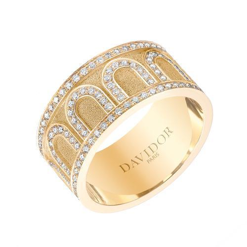 Men's L'Arc de DAVIDOR Ring GM, 18k Yellow Gold with Satin Finish and Palais Diamonds