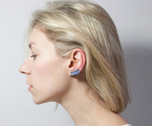 products/AURORA_EAR_CRALERS_MODEL.jpg