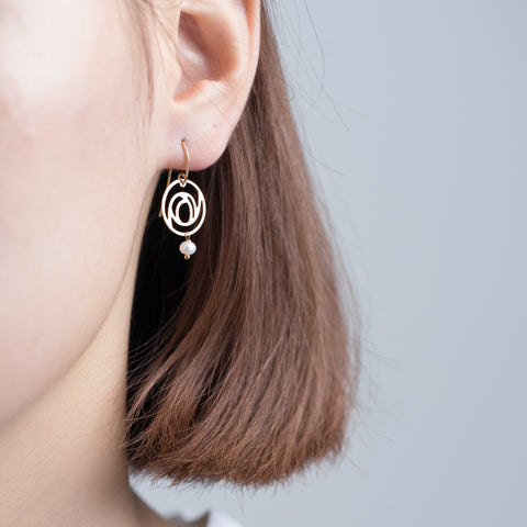 rose earrings goi jewelry independent designer jewelry movida