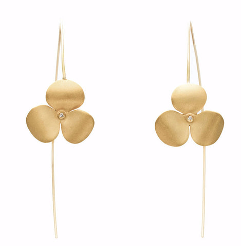 .Bloom diamond gold earrings