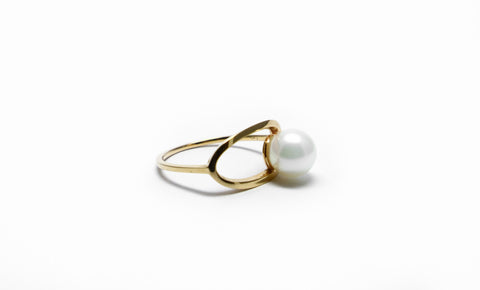 Penrose pearl gold ring