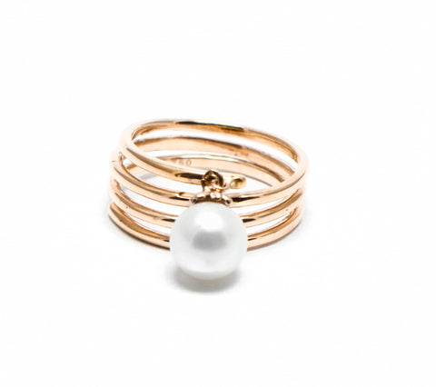 Swirl pearl dangle ring