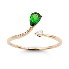 .Follow Me tsavorite diamond ring