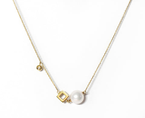 Venus Akoya pearl square necklace