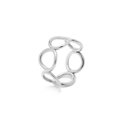Sway Band Ring