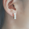 Retro beam pearl gold ear studs