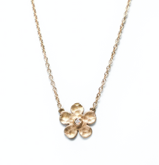 .Blossom diamond gold necklace