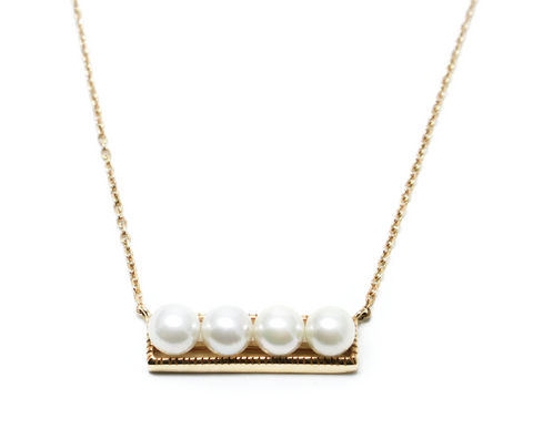 Moventom pearl gold necklace