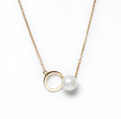 .Penrose pearl gold necklace