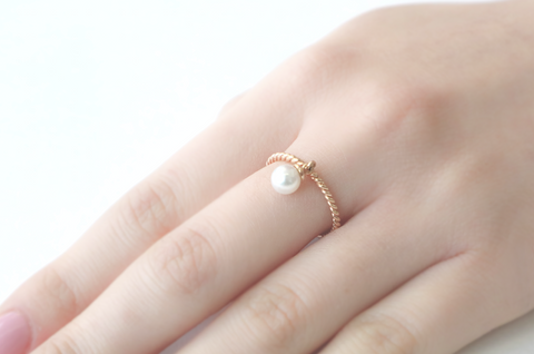 . Pearl dangle gold ring