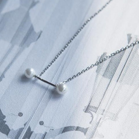 Balance Pearl Necklace