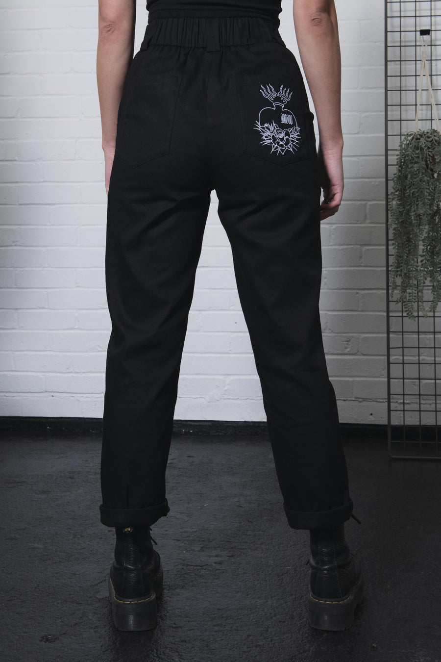 Regan Casual O-Ring Trouser