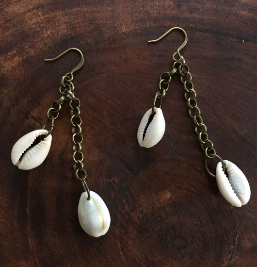 Cowrie Shell Drops