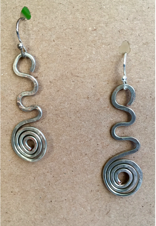 Hammered spiral earrings