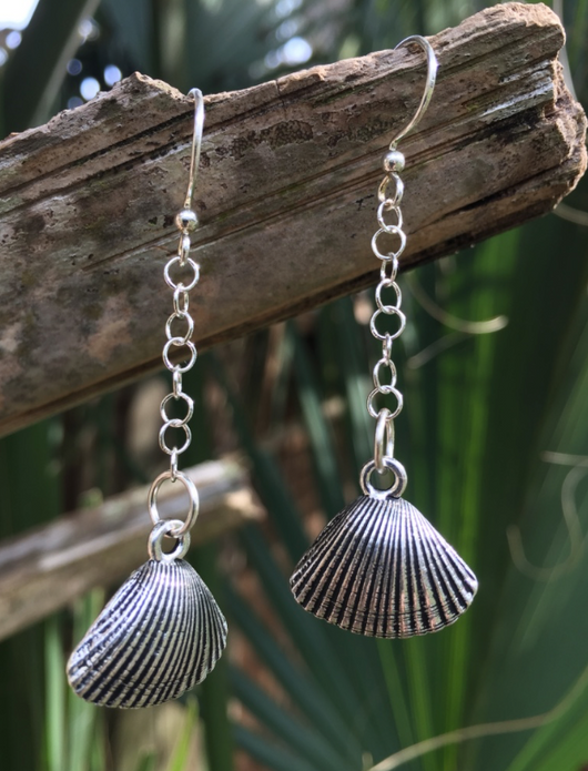 Antique Silver-plated Scallop Shell Earrings