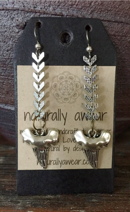 antique silver-plated sharks teeth on silver plated chevron chain