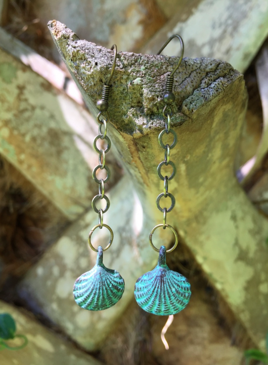 Coastal inspired scallop shell dangles