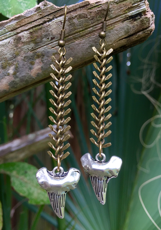 antique silver-plated shark's teeth fishbone earrings