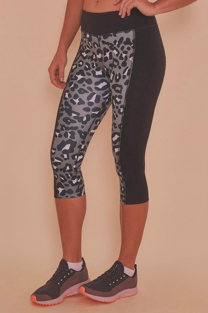 Wolf & Whistle Printed Crop Leggings Leopard