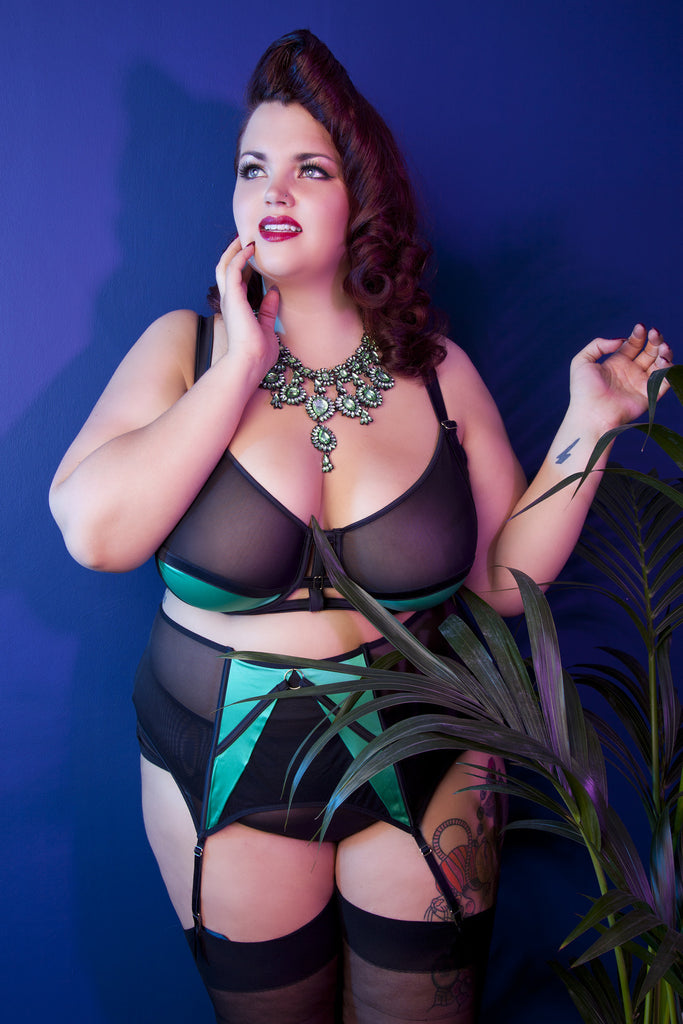 plus size suspender belt green black mesh satin strappy 4 strap garter