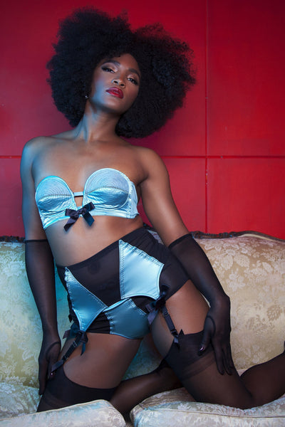 Bettie Page Teal/Black Overwire Bra
