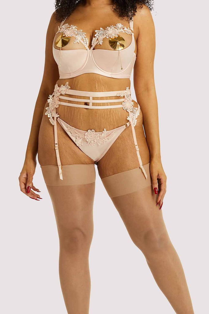 Playful Promises Virginia Peach Guipure Curve Suspender