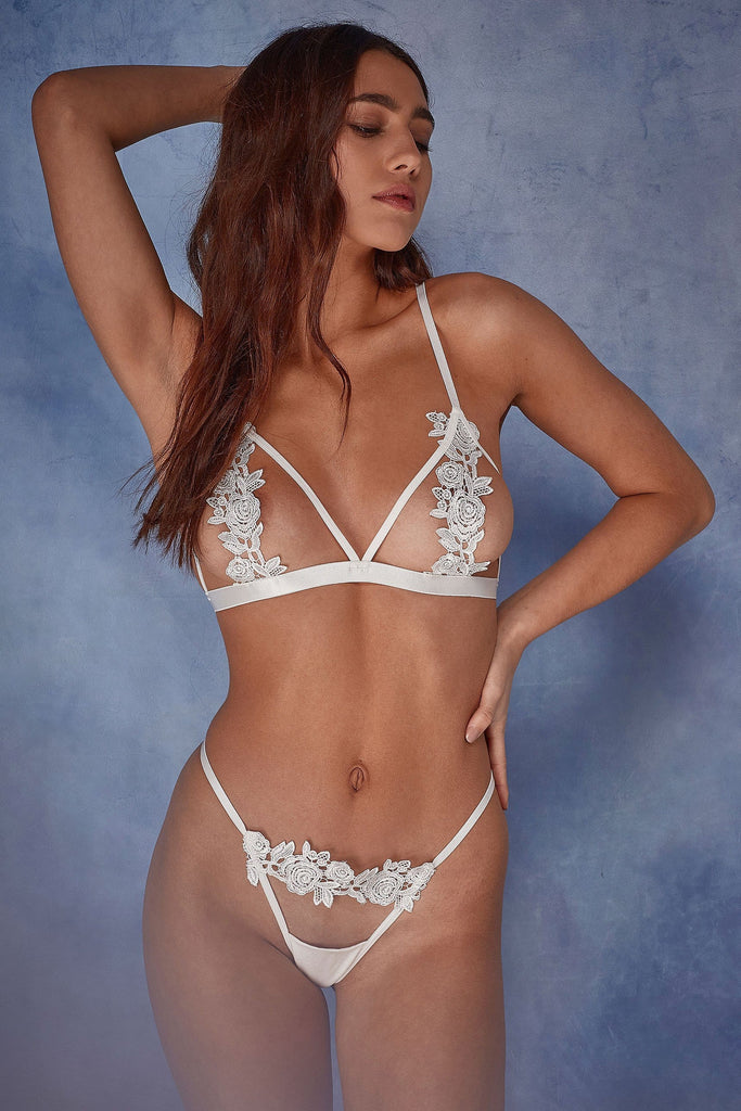Wolf & Whistle Billie open cup triangle bra ivory
