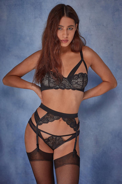 Wolf & Whistle Phoebe Lace and mesh suspender belt