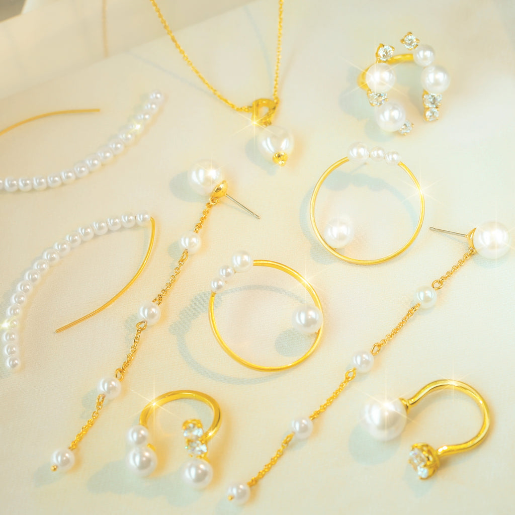 GLOW SOCIETY Pearl Collection - Pearl Long Arc Earrings