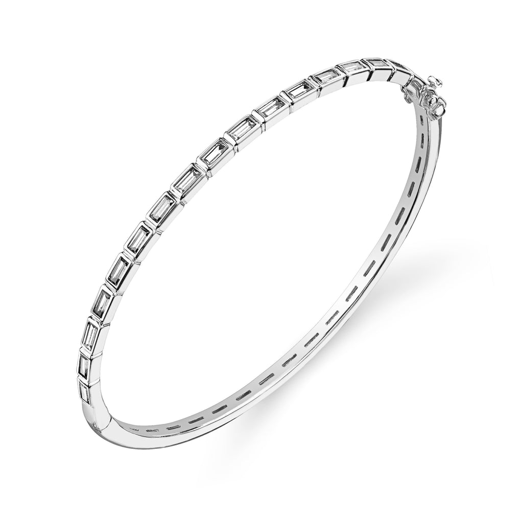 Kiera New York Bangle Bracelet - GEMOUR