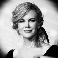 Nicole Kidman Swimming Deakin and Blue
