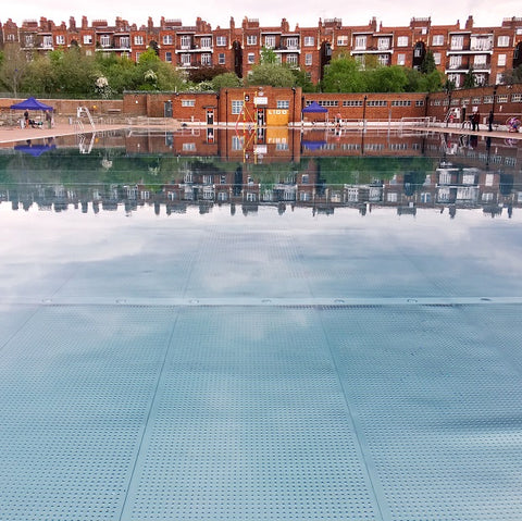 Parliament Hill Lido, Hampstead - Deakin and Blue