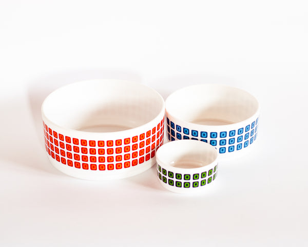 § Arcopal Squares Salad Bowl Set