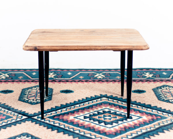 § Small Farmhouse Industrial Coffee Table