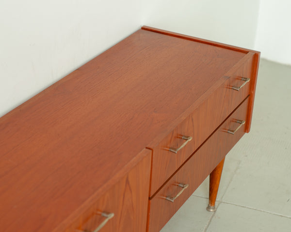 §Vintage Low Sideboard / TV cabinet