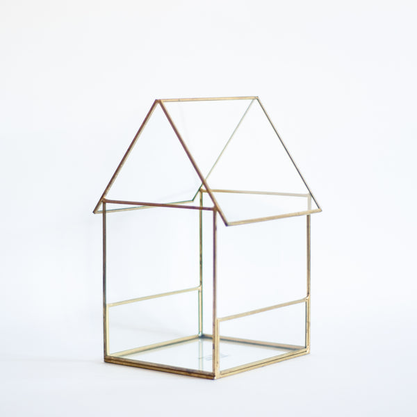 § Glass House Terrarium / Display Case