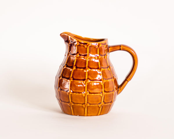 § St Clement Rope Barbotine Jug