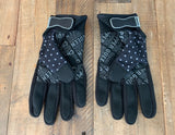 DYNA BABE logo (gilr riding gloves)