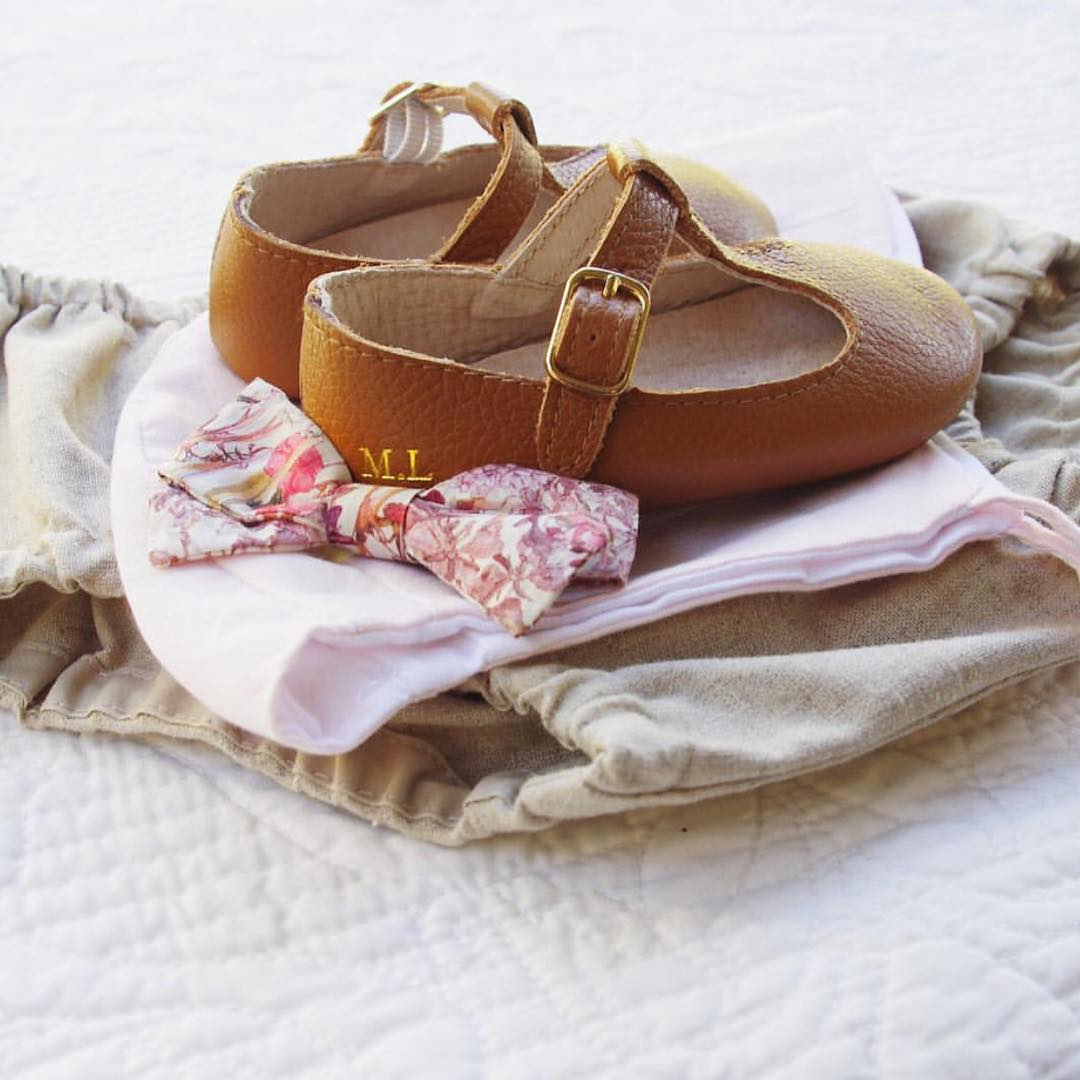 Quality_baby_shoes_for_children,_toddlers_and_babies._Soft_soles,_natural_leather _9000_width=480x480