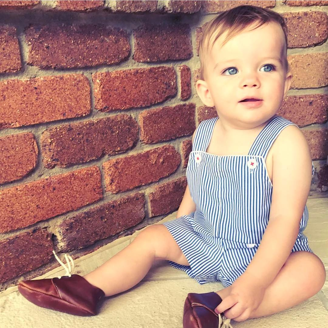 Quality_baby_shoes_for_children,_toddlers_and_babies._Soft_soles,_natural_leather _8920_width=480x480