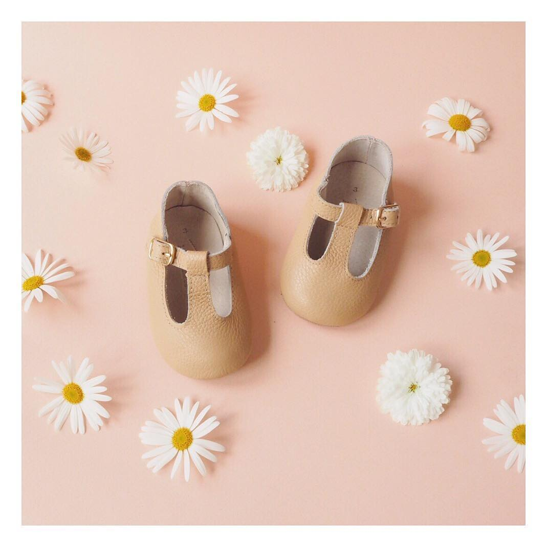 Quality_baby_shoes_for_children,_toddlers_and_babies._Soft_soles,_natural_leather _8788_width=480x480