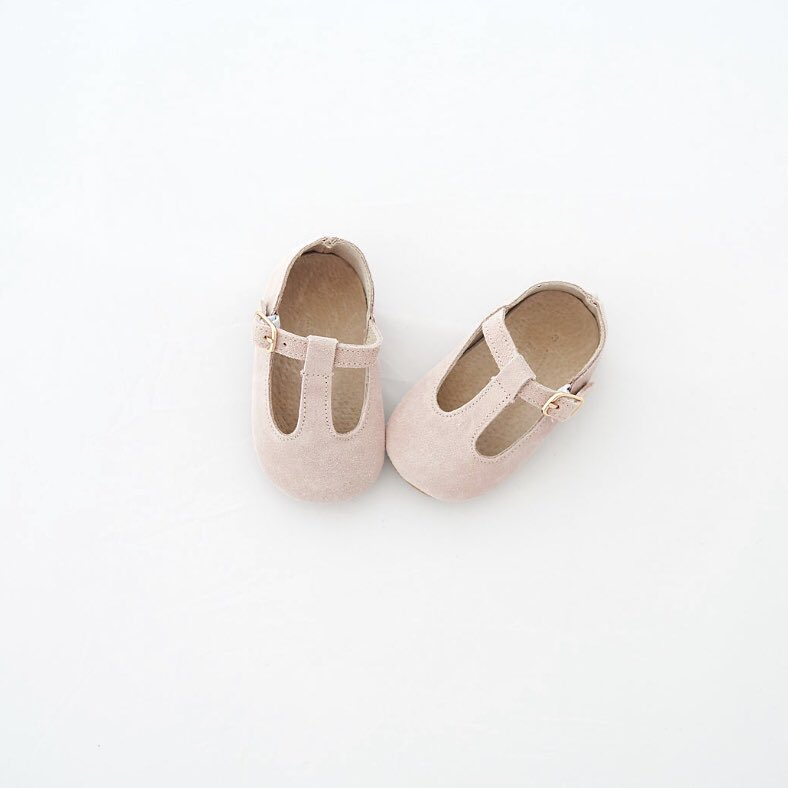 Quality_baby_shoes_for_children,_toddlers_and_babies._Soft_soles,_natural_leather _796_width=480x480
