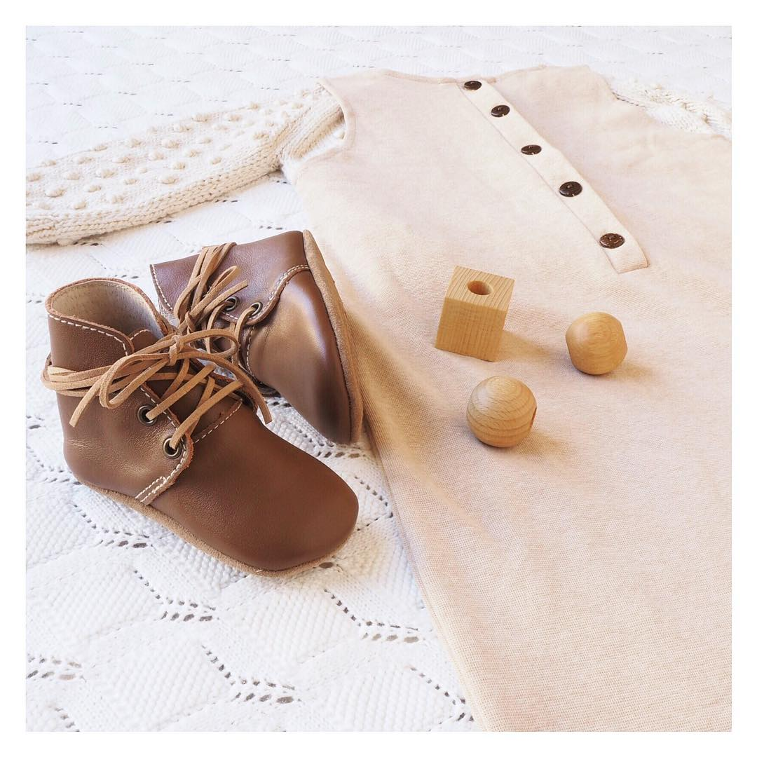 Quality_baby_shoes_for_children,_toddlers_and_babies._Soft_soles,_natural_leather _9509_width=480x480