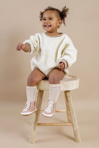 Cute sneakers in pink for babies and toddlers - like converse and adidas but nicer!