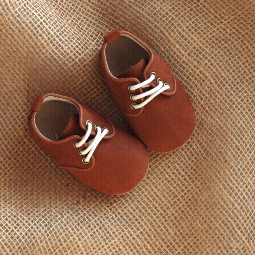 Oxford Walnut Brown (Baby)