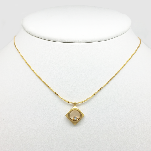 Pendant Necklace in Yellow Gold Filled with Gemstone