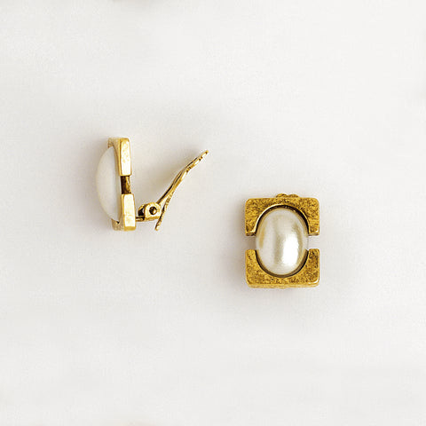 Clip Earrings in Aged Yellow Gold Filled & Pearl